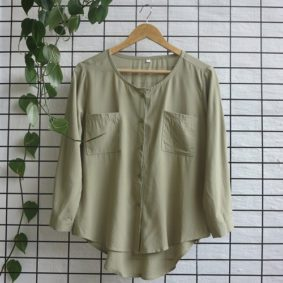 Round neck Dbl Pocket Blouse